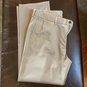 Men's Haggar H26 Khaki Pants